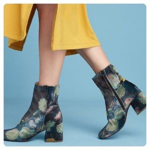Anthro Miss L Fire Jeanie Floral Velvet Boots